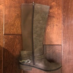 Spring cleaning  boot sale! Betseyville brand Sz 7